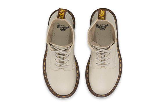 BUTY DR. MARTENS PASCAL IVORY